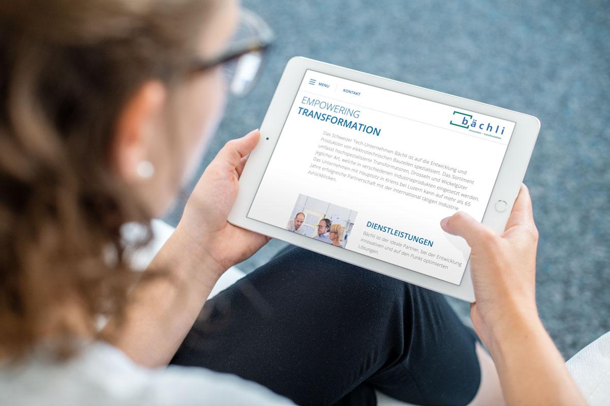Neue Corporate Website von Bächli auf dem iPad dargestellt