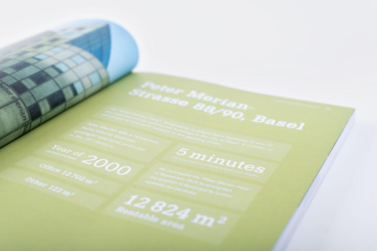 Seite mit Kennzahlen im gedruckten Geschäftsbericht von PSP