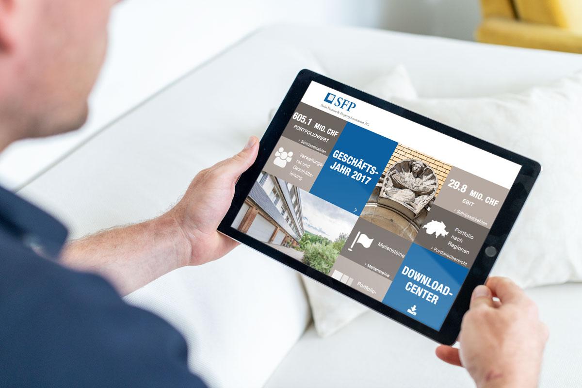 Darstellung der Übersicht des Online Geschäftsbericht 2017 von SFP auf dem Tablet