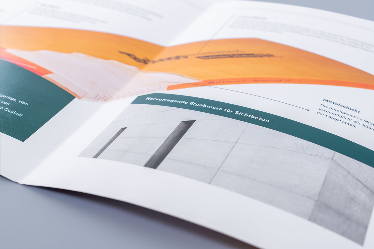 Produktbroschüre im Corporate Design von Tschopp Holzindustrie